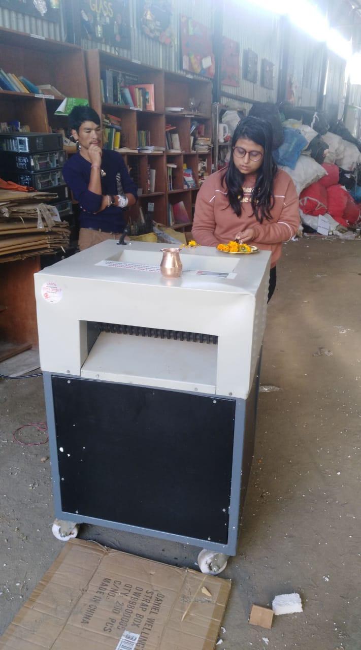 Paper Shredding2  Album image Doko Recyclers